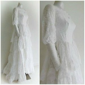 Vintage 50s lace wedding gown dress tulle crinolin